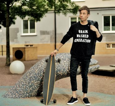 [:en]Brain washed generation[:sv]Den hjärntvättade generationen[:]
